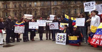 """""""A Concentration Of Support"""" For Venezuela In GeorgeSquare"""