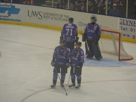 Match Report: Controversy as Clan lose out to battling Cardiff