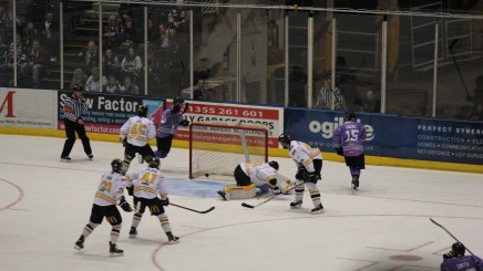 Clan Tame Defending Champions Panthers To Make Playoff Final Four